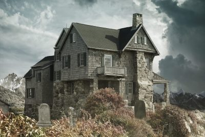 https://images.pexels.com/photos/366282/house-cemetery-haunted-house-house-near-the-cemetery-366282.jpeg?auto=compress&cs=tinysrgb&h=650&w=940