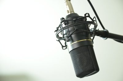https://pixabay.com/en/audio-condenser-microphone-music-1844798/