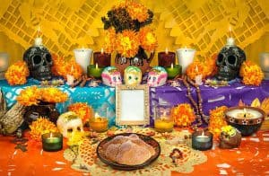 https://www.istockphoto.com/photo/mexican-day-of-the-dead-altar-gm598086694-102499401