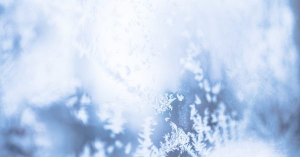 https://www.pexels.com/photo/abstract-blur-bright-christmas-286198/