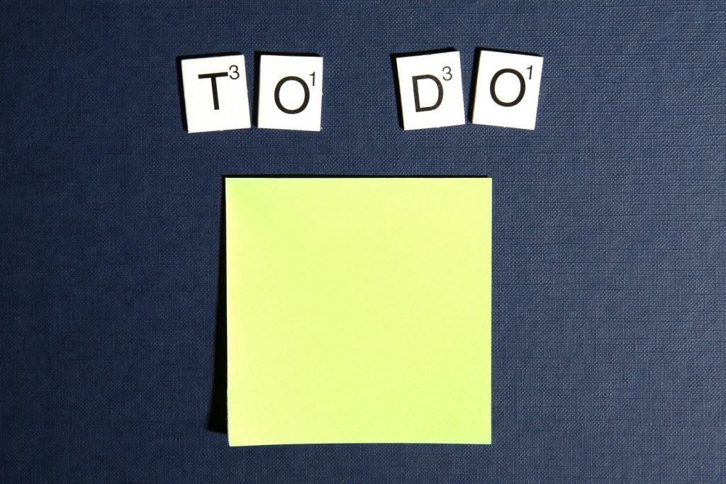 https://www.pexels.com/photo/postit-scrabble-to-do-todo-3299/